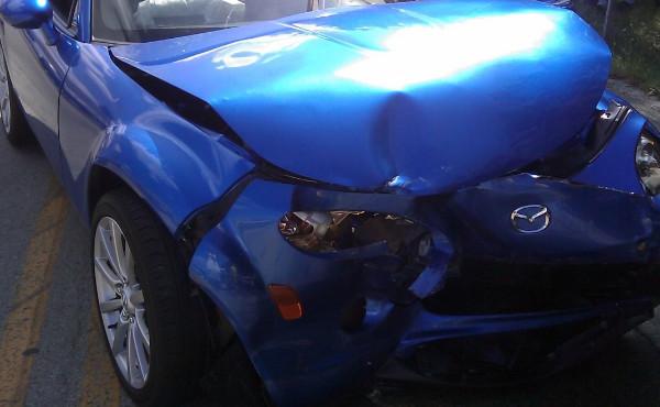 foto schade voorkant auto